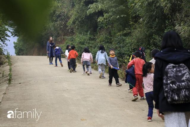 Hà Nội có 1 ngôi trường với những con đường quanh co rợp bóng cây: Bài thi không chấm điểm 10, dạy học theo nguyên tắc nương theo trẻ - Ảnh 7.