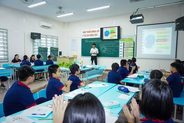 5 trường THCS sở hữu tỷ lệ học sinh đỗ trường cấp 3 chuyên cao hàng đầu Hà Nội: Có trường tới 85% học sinh lớp 9 cá chép hóa rồng thành công! - Ảnh 2.