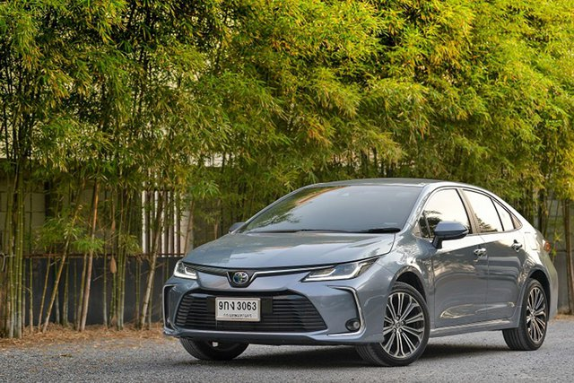 Ô tô tiếp đà giảm giá sâu, có xe giảm đến 160 triệu đồng - Ảnh 2.
