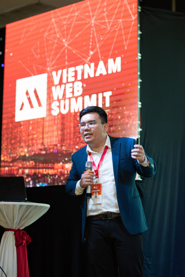 Cuộc chiến 200 tỷ, hút 1% dân số Việt Nam theo dõi: CEO Phương Hằng đã bán điều gì cho chúng ta? - Ảnh 1.