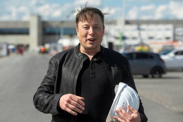 Kinh doanh kiểu Elon Musk: Dự định mua đứt một nhà máy chip vì thiếu chip để sản xuất ô tô - Ảnh 1.