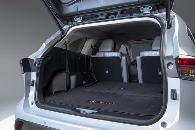 Ra mắt Toyota Highlander Bronze Edition: 6 chỗ, nhiều chi tiết vàng đồng, về Việt Nam giá cỡ 4 tỷ đồng  - Ảnh 15.