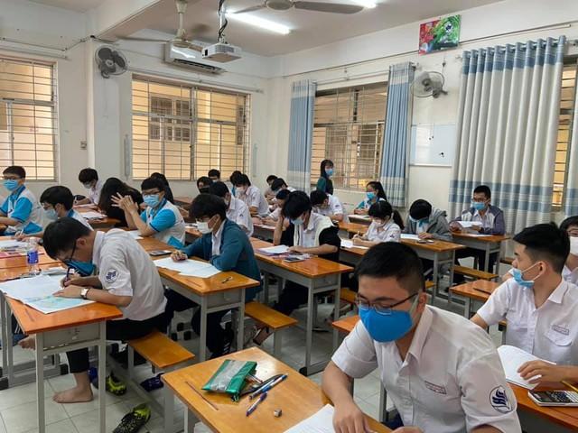 Trường Phổ thông Năng khiếu - ngôi trường có đề thi văn đang gây bão mạng: Đặc biệt ngay từ cái tên, chất lượng giáo dục xứng danh lò đào tạo nhân tài - Ảnh 8.