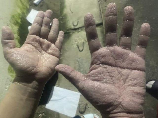 Cảm động hình ảnh các chiến sĩ áo trắng lên đường chi viện cho tâm dịch Bắc Giang: Đã là đợt dịch thứ 4 nhưng tinh thần quyết chiến quyết thắng vẫn y như ngày đầu! - Ảnh 1.
