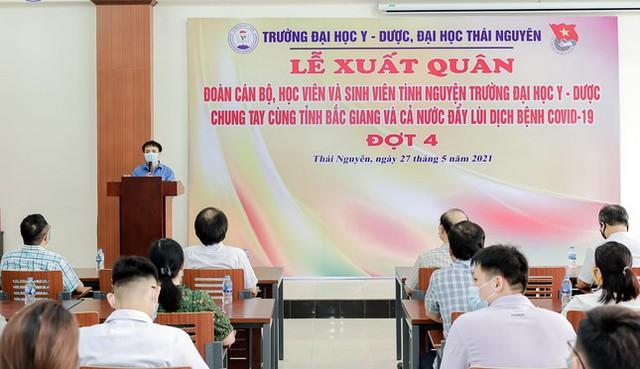 Hơn 100 tình nguyện viên Y Dược Thái Nguyên chi viện Bắc Giang đẩy lùi COVID-19  - Ảnh 1.