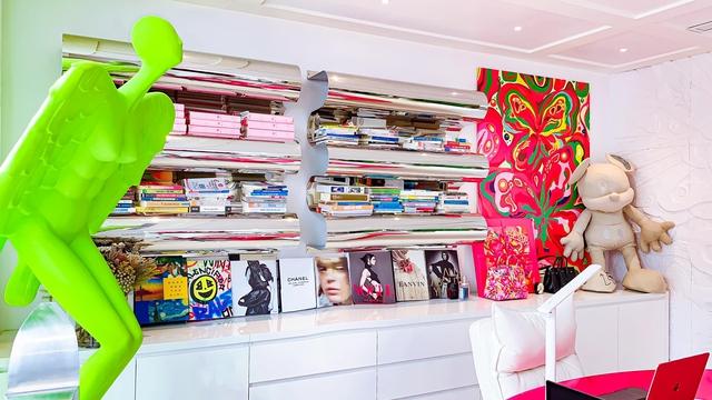 Ấn tượng với không gian căn penthouse duplex của NTK thời trang nổi tiếng: Một ngôi nhà mang năng lượng tích cực, vừa kích thích cảm giác tự do sáng tạo vừa có không gian riêng tư - Ảnh 11.