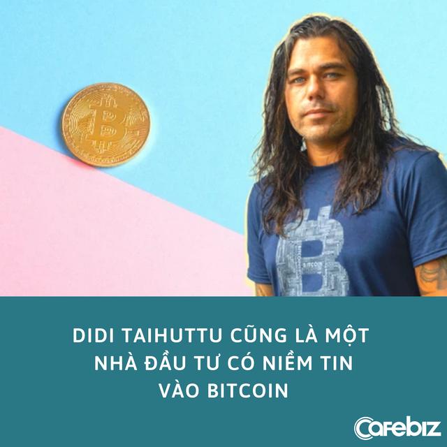 Cuộc sống xa hoa của YouTuber từng kêu gọi fan đầu tư 1 USD vào Bitcoin: Có máy bay riêng, sống đời xa hoa - Ảnh 2.
