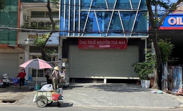 TP Hồ Chí Minh: Mặt bằng cho thuê đìu hiu, kinh doanh cầm cự trong dịch bệnh COVID-19 - Ảnh 1.
