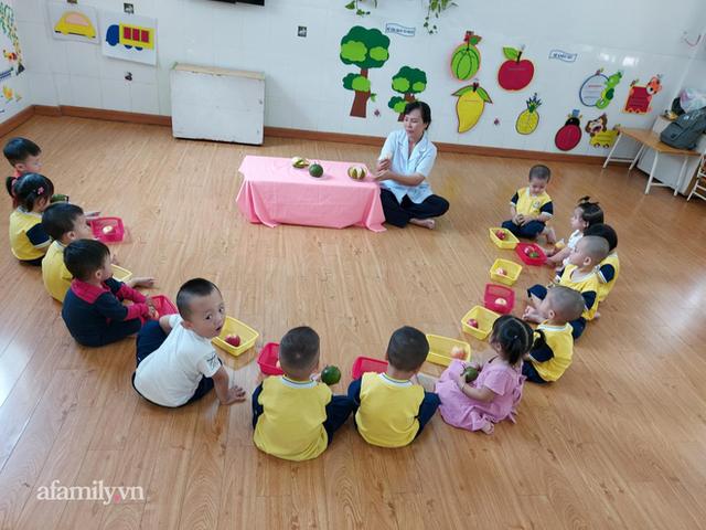 Mẹ Sài Gòn review trường mầm non ai nghe cũng mê: Trường có vườn rau, hồ cá, bé được học nhiều kỹ năng nhưng học phí thì dưới 2 triệu đồng - Ảnh 7.
