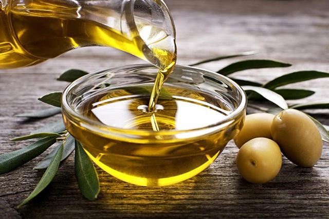 2 mối nguy hiểm khi dùng dầu thực vật sai cách, biến món ăn trở nên độc hại và là thủ phạm gây bệnh ung thư - Ảnh 2.