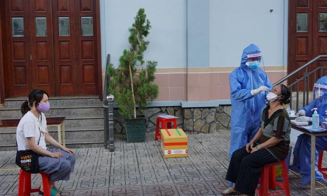 TP Hồ Chí Minh sẽ lấy mẫu xét nghiệm COVID-19 trên toàn thành phố - Ảnh 1.