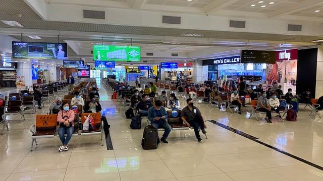 Cảng vụ hàng không miền Bắc khẳng định nước rửa tay ở Nội Bài không phải nước lã  - Ảnh 3.