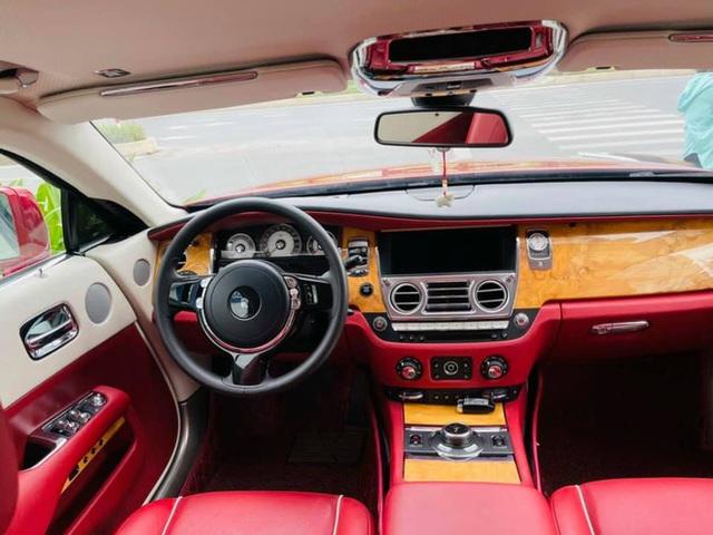 Mới chạy 10.000km, đại gia Việt rao bán Rolls-Royce Wraith rẻ hơn cả chục tỷ giá mua mới chính hãng - Ảnh 3.