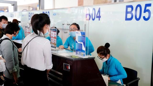 Cảng vụ hàng không miền Bắc khẳng định nước rửa tay ở Nội Bài không phải nước lã  - Ảnh 8.