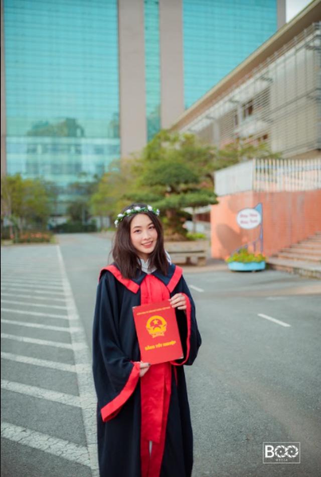 Hot girl Hà Nội thạo 3 ngôn ngữ, giành học bổng 7 tỷ từ trường đại học hàng đầu nước Mỹ, nhà 3 đời toàn Thạc sĩ - Tiến sĩ - Ảnh 7.