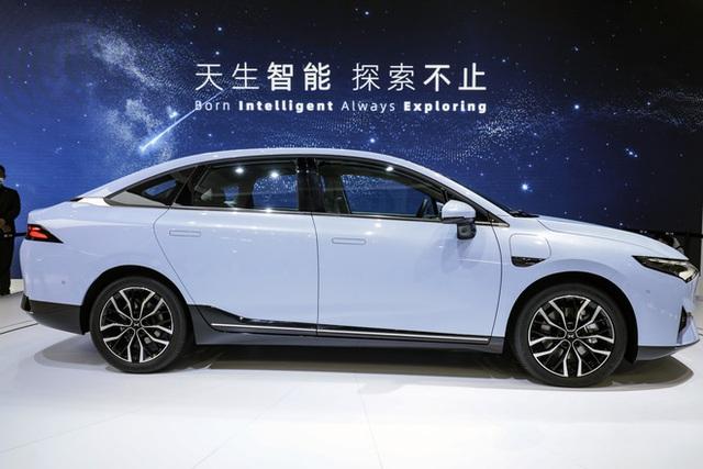10.000 đơn đặt hàng trong 2 ngày, chiếc ô tô lạ made in China có gì hấp dẫn vậy? - Ảnh 1.