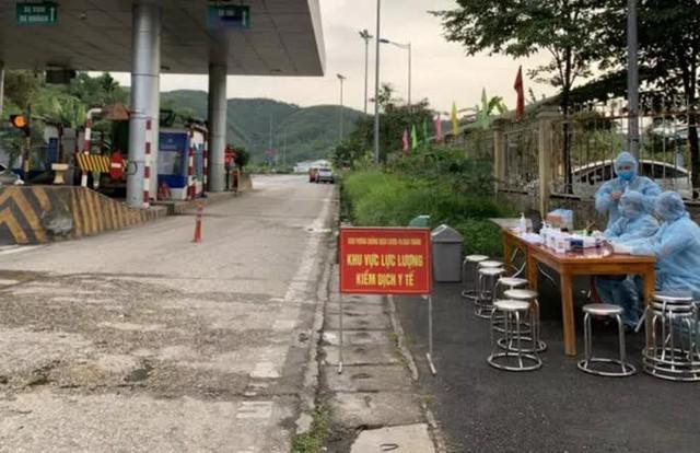 5 nhân viên cây xăng là F1 của đoàn chuyên gia Trung Quốc có ca mắc Covid-19  - Ảnh 1.