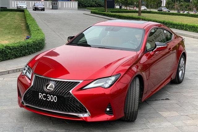 Lexus RC 300 biến mất khỏi danh mục sản phẩm, có thể dọn đường đón bản mới và cả LC 500 chơi hơn sắp về Việt Nam - Ảnh 4.