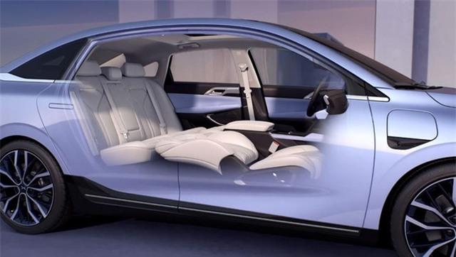 10.000 đơn đặt hàng trong 2 ngày, chiếc ô tô lạ made in China có gì hấp dẫn vậy? - Ảnh 5.