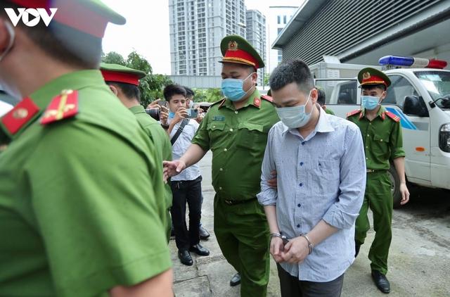14 bị cáo vụ án Nhật Cường hầu tòa Hà Nội - Ảnh 1.