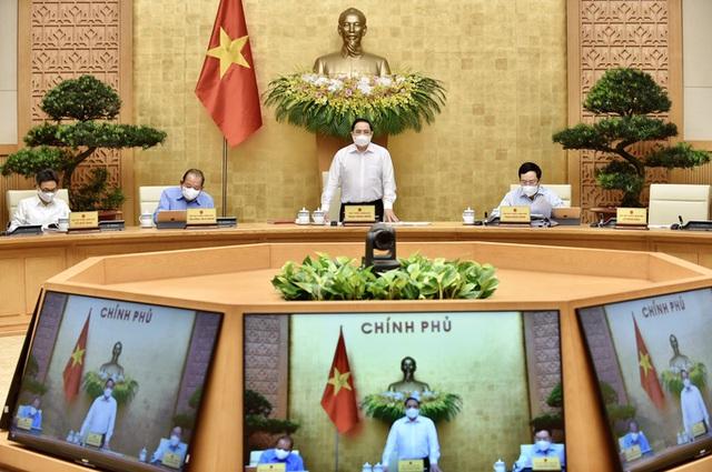 Thủ tướng Phạm Minh Chính: Chuyển phòng chống dịch Covid-19 từ phòng ngự sang tấn công  - Ảnh 1.