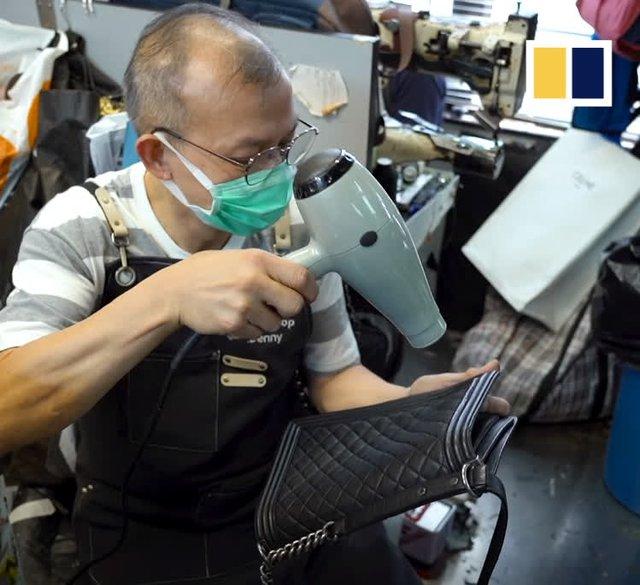 Kỳ lạ nghề sửa chữa đồ hiệu ở Hong Kong: Từ túi xách LV, Chanel đến Hermes, không gì làm khó được người thợ, khách hàng sẵn sàng trả tiền triệu và chờ đợi cả năm - Ảnh 1.
