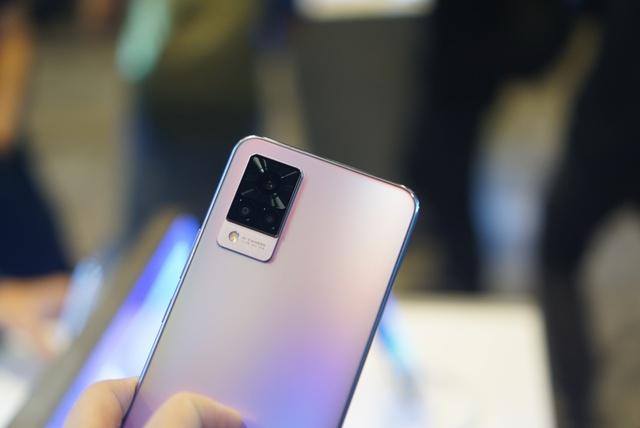 Smartphone chuyên selfie tích hợp 5G giá 10 triệu tại Việt Nam - Ảnh 6.