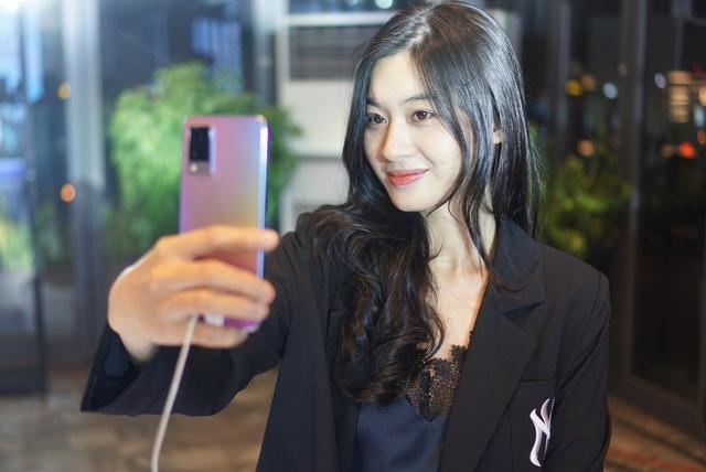 Smartphone chuyên selfie tích hợp 5G giá 10 triệu tại Việt Nam - Ảnh 10.