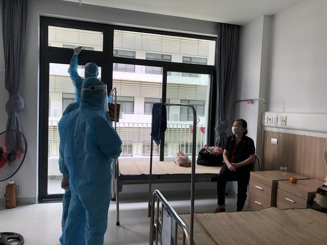 Người phụ nữ về Hà Nội sau nghỉ lễ dương tính SARS-CoV-2, tìm người đến 2 nhà hàng  - Ảnh 1.