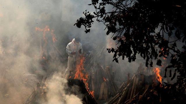 Thủ phạm giấu mặt' đằng sau thảm họa COVID-19 ở Ấn Độ - Ảnh 1.