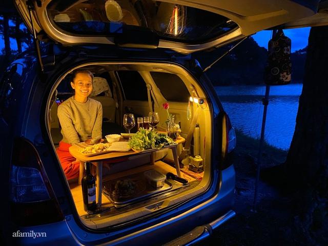 Cặp vợ chồng biến ô tô thành lều trại đi camping khắp nơi, tiện đâu ngủ đó mà sang trọng không thua khách sạn - Ảnh 6.
