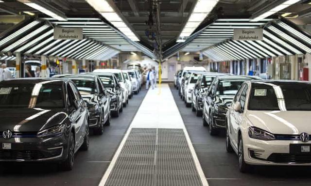 Volkswagen: Từ gian lận khí thải đến những chiếc xe bảo vệ môi trường - Ảnh 2.