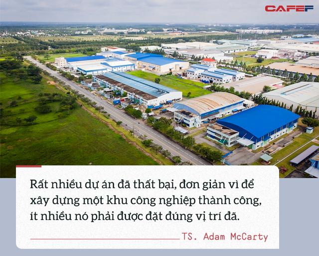 Kinh tế trưởng Mekong Economics: Việt Nam cần làm gì để tránh hiện tượng loạt KCN mọc lên như nấm? - Ảnh 3.