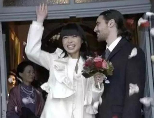 Cô gái Trung Quốc từ nhân viên bán hàng bình thường một bước thành Công nương nước Bỉ với chuyện tình lãng mạn hơn cả cổ tích - Ảnh 3.