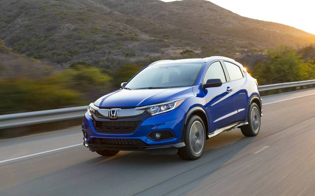 Top 10 mẫu ô tô bán chậm nhất tháng 5/2021: Toyota chiếm đa số - Ảnh 10.