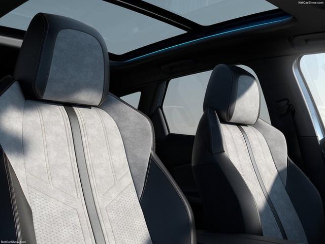 THACO xuất xưởng Peugeot 3008 2021 tại Việt Nam: Đại lý ồ ạt nhận cọc, sớm ra mắt đấu Mazda CX-5 và Hyundai Tucson - Ảnh 8.