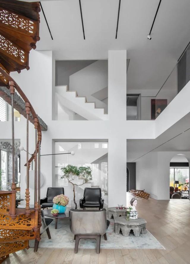 """Biệt thự đặc biệt của bà mẹ 7x: Tự tay sửa """"đồng nát"""" thành đồ nội thất, ngắm không gian sống ai cũng trầm trồ vì quá nghệ thuật - Ảnh 4."""