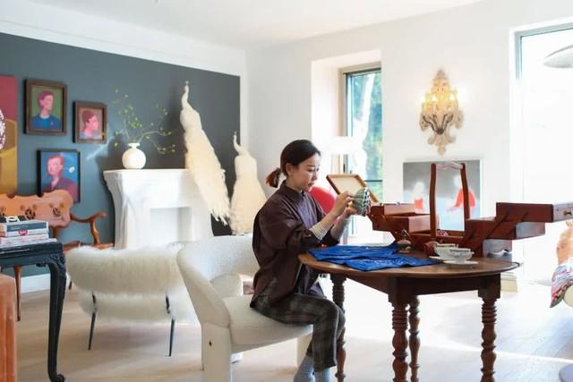 """Biệt thự đặc biệt của bà mẹ 7x: Tự tay sửa """"đồng nát"""" thành đồ nội thất, ngắm không gian sống ai cũng trầm trồ vì quá nghệ thuật - Ảnh 7."""