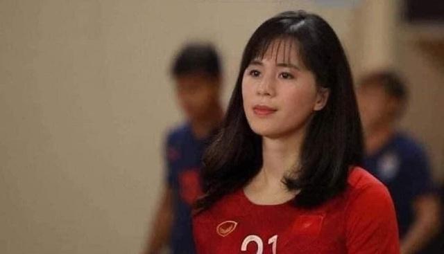 Ảnh chế hài hước: Cầu thủ ĐT Việt Nam hóa mỹ nhân hút hồn trước trận gặp ĐT Malaysia tối nay - Ảnh 12.