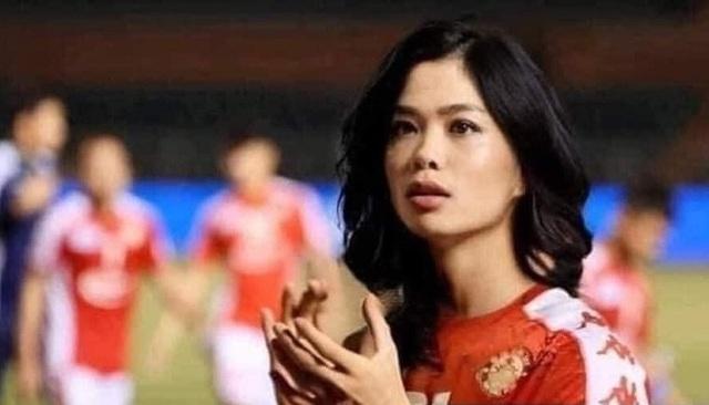 Ảnh chế hài hước: Cầu thủ ĐT Việt Nam hóa mỹ nhân hút hồn trước trận gặp ĐT Malaysia tối nay - Ảnh 3.