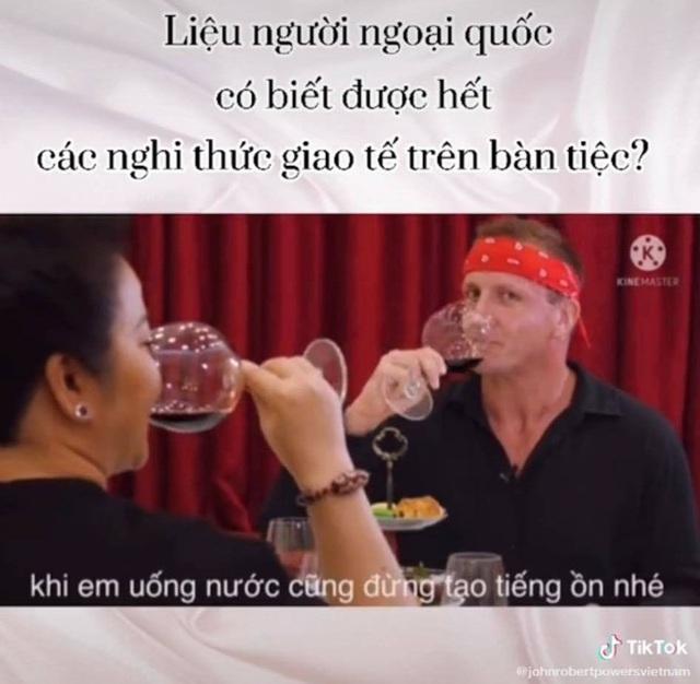 Mẹ vợ thiếu gia Phan Thành với màn dạy học phong thái phương Tây đỉnh cao khiến cả người nước ngoài cũng phải ngưỡng mộ  - Ảnh 6.