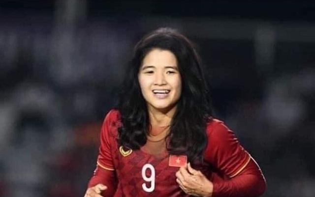Ảnh chế hài hước: Cầu thủ ĐT Việt Nam hóa mỹ nhân hút hồn trước trận gặp ĐT Malaysia tối nay - Ảnh 5.