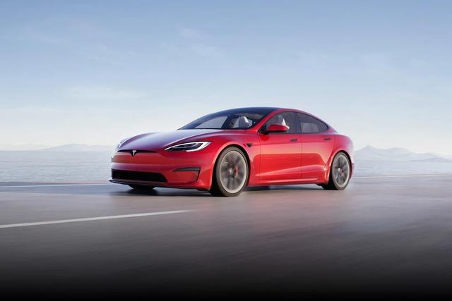 Tesla bắt đầu bàn giao siêu sedan Model S Plaid: mạnh 1.020 mã lực, tăng tốc 1-100 km/h trong dưới 2 giây, giá từ 131.000 USD - Ảnh 1.