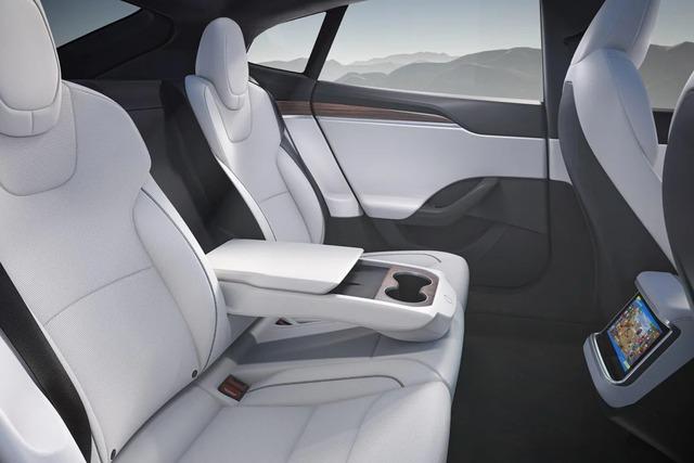 Tesla bắt đầu bàn giao siêu sedan Model S Plaid: mạnh 1.020 mã lực, tăng tốc 1-100 km/h trong dưới 2 giây, giá từ 131.000 USD - Ảnh 5.