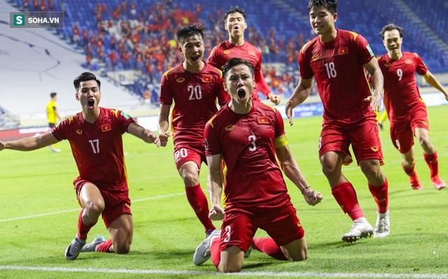 Giành chiến thắng nghẹt thở 2-1, Việt Nam tiễn Malaysia về nước, vững ngôi đầu vòng loại World Cup 2022 - Ảnh 2.