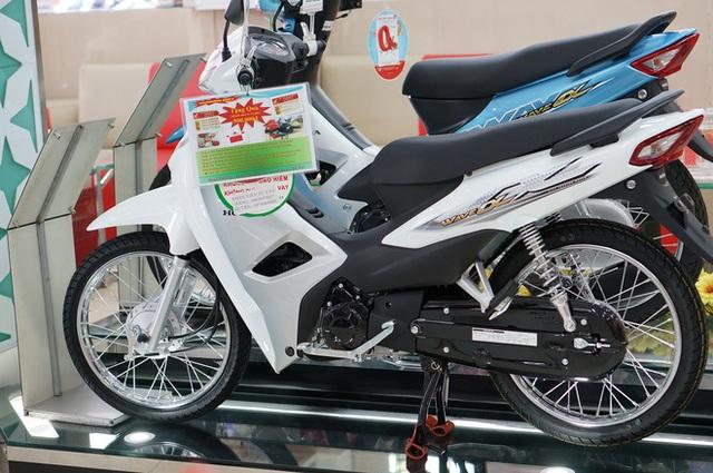 Xe máy giá rẻ, tiết kiệm xăng, chọn Honda Wave Alpha hay Yamaha Sirius? - Ảnh 1.