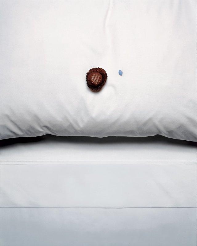 Bí mật viên kẹo chocolate nhân viên buồng phòng đặt trên giường của khách mỗi tối, hóa ra đó là cách chiều thượng đế không phải dạng vừa của các khách sạn 5 sao - Ảnh 2.