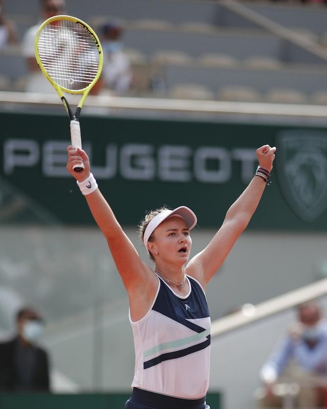 Chân dung nữ hoàng Roland Garros 2021  - Ảnh 13.