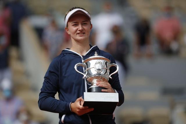 Chân dung nữ hoàng Roland Garros 2021  - Ảnh 2.