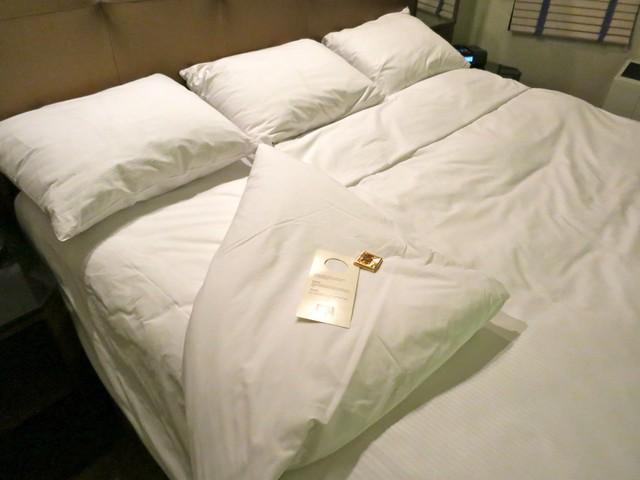 Bí mật viên kẹo chocolate nhân viên buồng phòng đặt trên giường của khách mỗi tối, hóa ra đó là cách chiều thượng đế không phải dạng vừa của các khách sạn 5 sao - Ảnh 3.